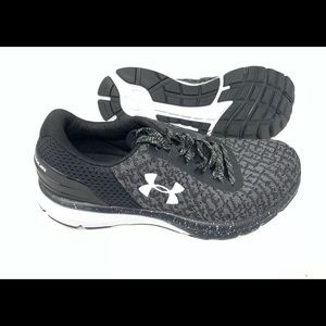 Women's Under Armour Charge 2 size 8 running shoe